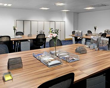 Open space ou bureaux par équipe : quelle Stratégie pour sa PME ?